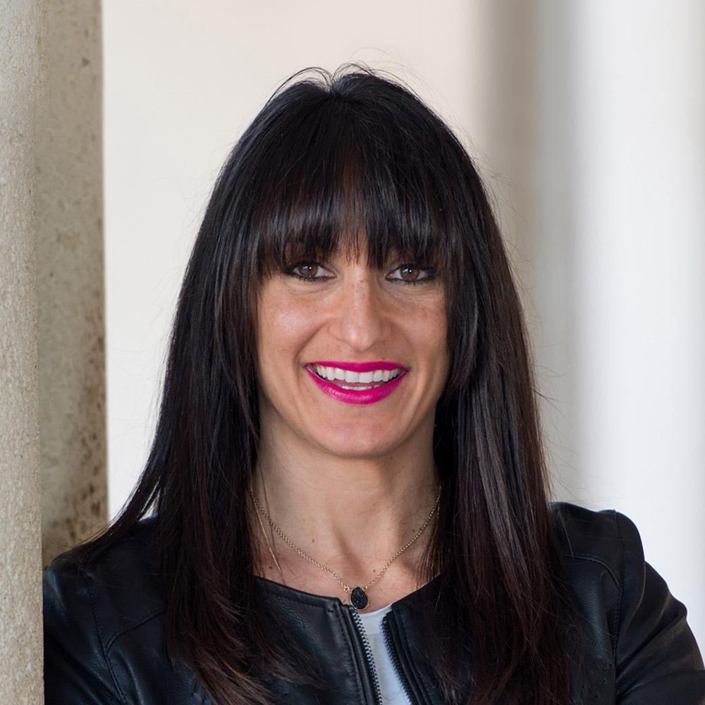 Nicole Biscuiti